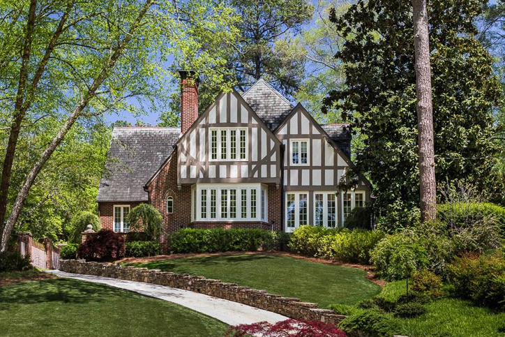 Amenities that luxury home buyers look for